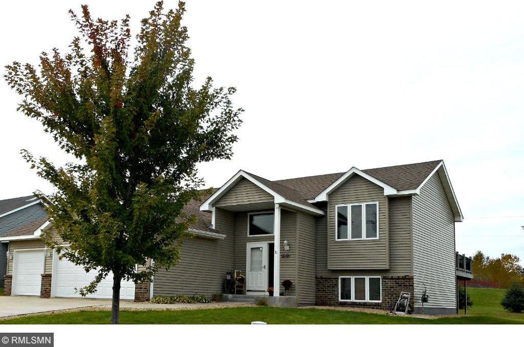 1032 Chestnut Street, Belle Plaine, MN 56011