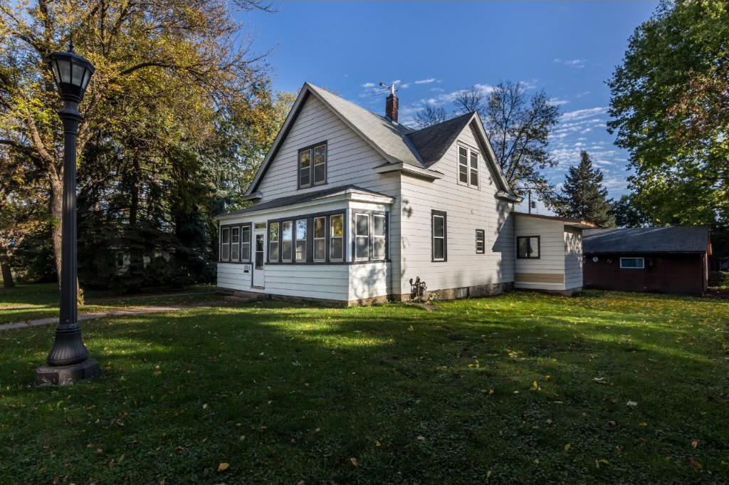 1856 Graham Avenue, Saint Paul, MN 55116