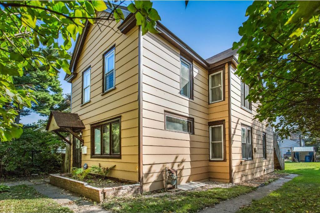 598 E Rose Avenue, Saint Paul, MN 55130