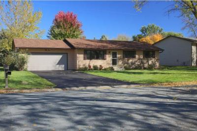 Photo of 9911 W 206th Street, Lakeville, MN 55044