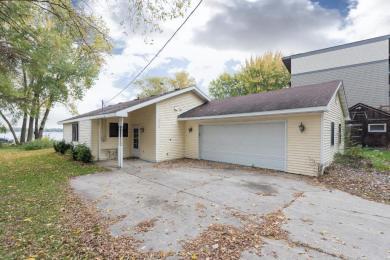 6213 Eagle Lake Drive, Maple Grove, MN 55369
