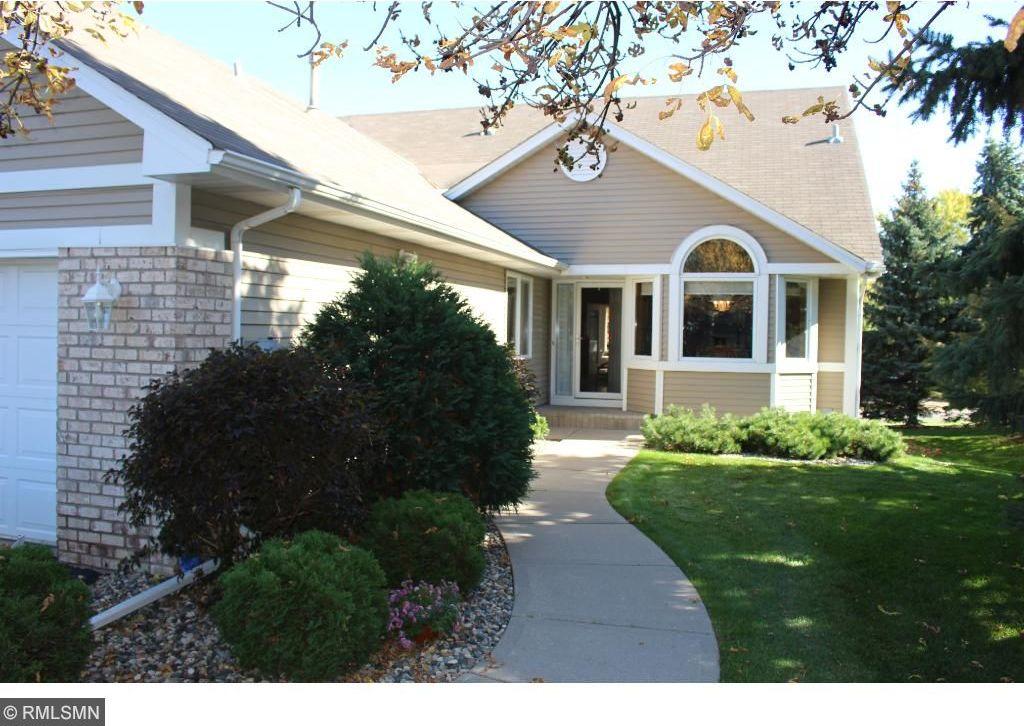 15510 Crocus Lane, Eden Prairie, MN 55347