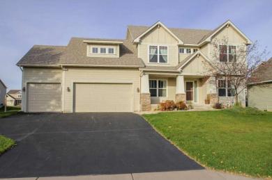 9686 Dunes Avenue, Cottage Grove, MN 55016