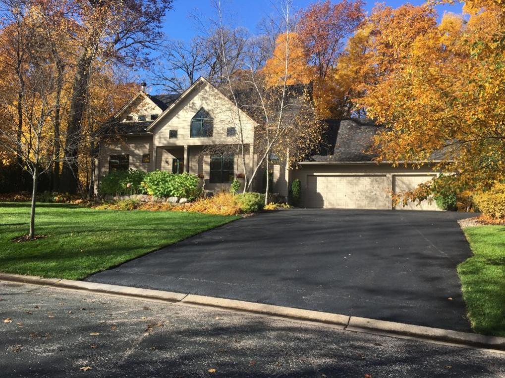2850 Timberview Trail, Chaska, MN 55318