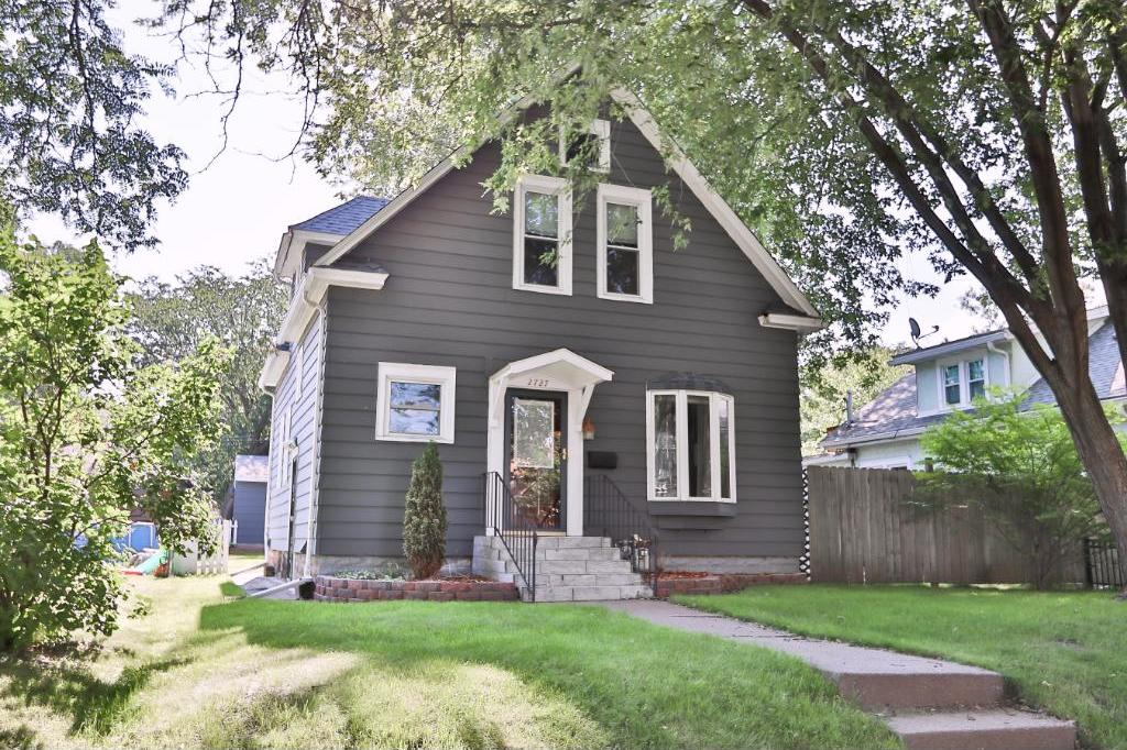 2727 NE Johnson Street, Minneapolis, MN 55418