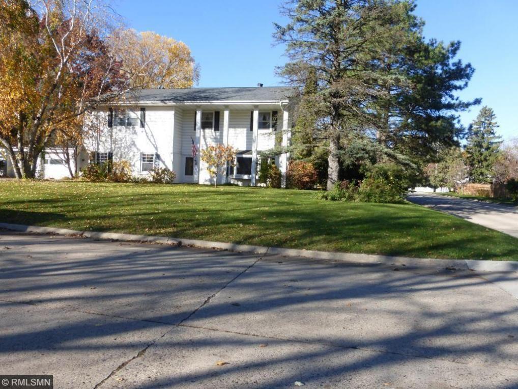 5700 Mcguire Road, Edina, MN 55439