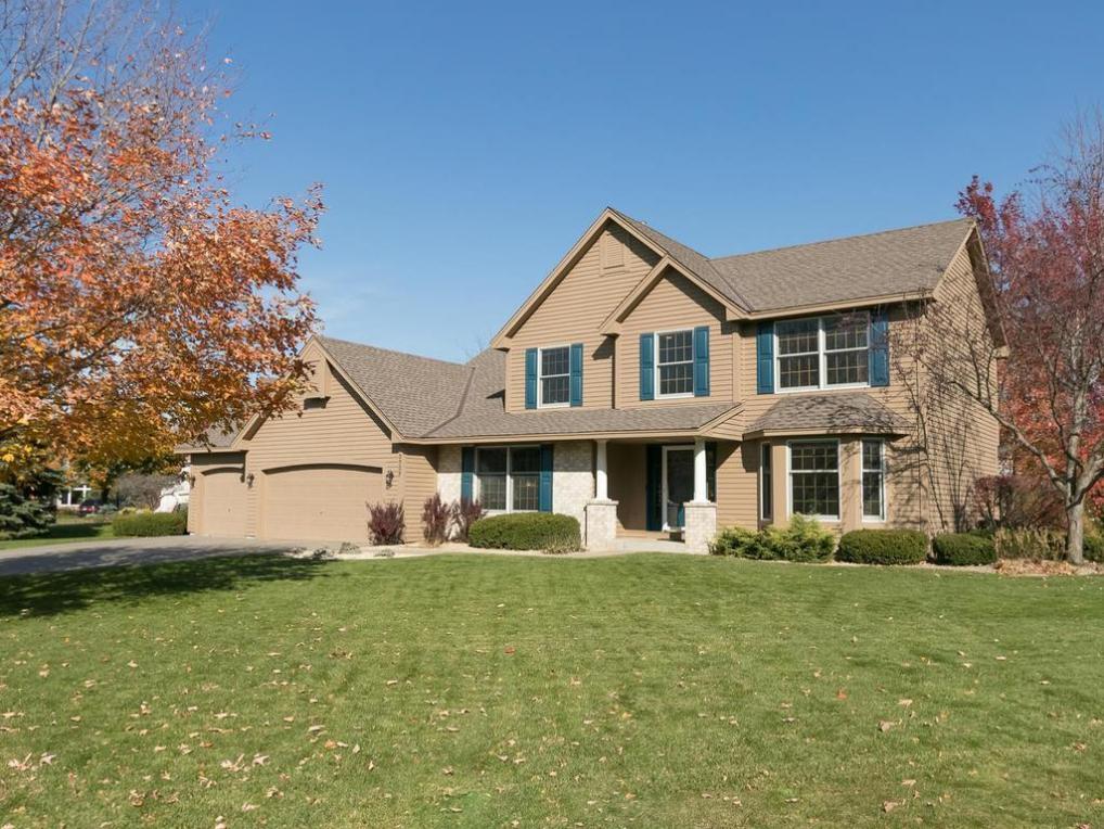 8907 Bradford Place, Eden Prairie, MN 55347