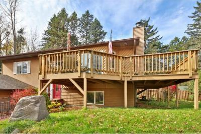 Photo of 6260 Rolling Hills Drive, Lino Lakes, MN 55110