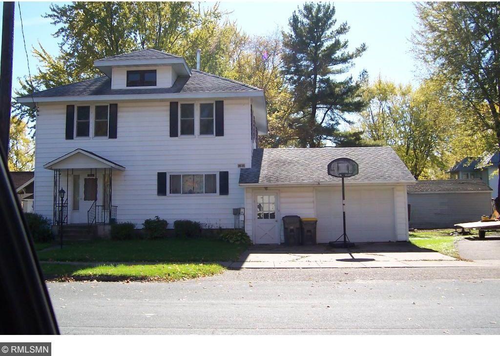 860 Oak Street, Baldwin, WI 54002