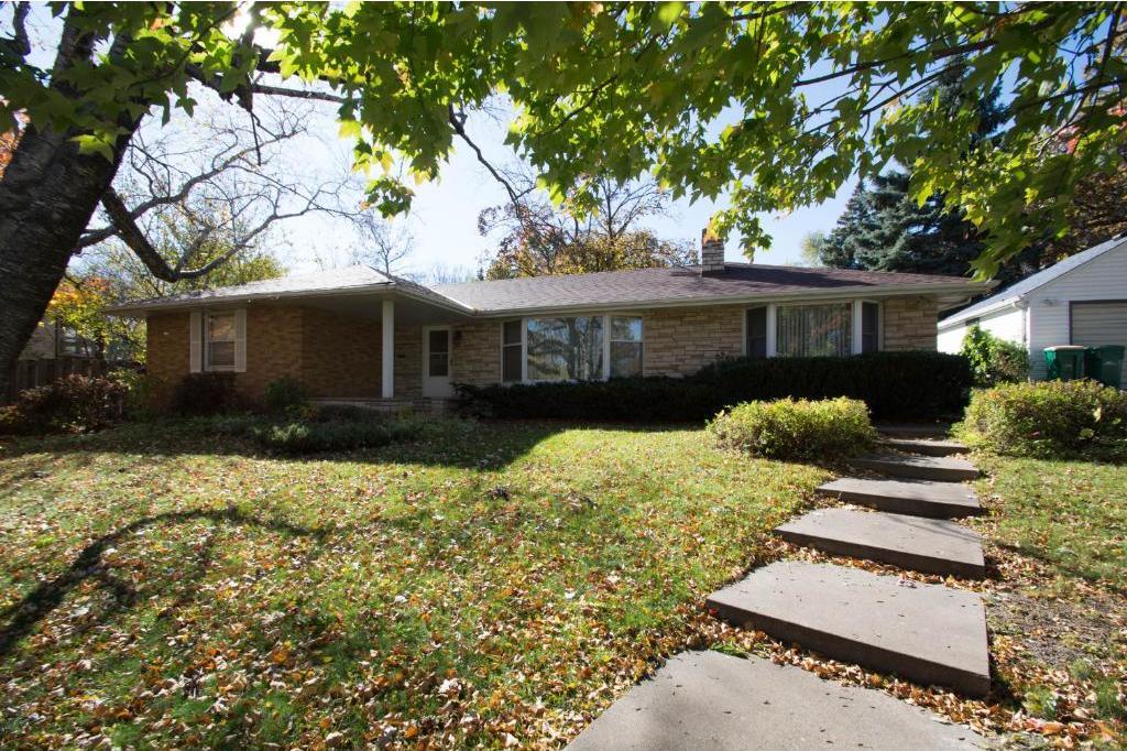 3747 N Lakeland Avenue, Robbinsdale, MN 55422