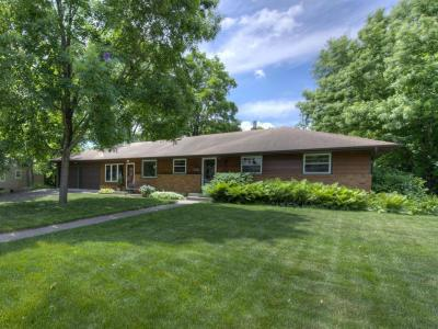 Photo of 2933 N Quail Avenue, Golden Valley, MN 55422