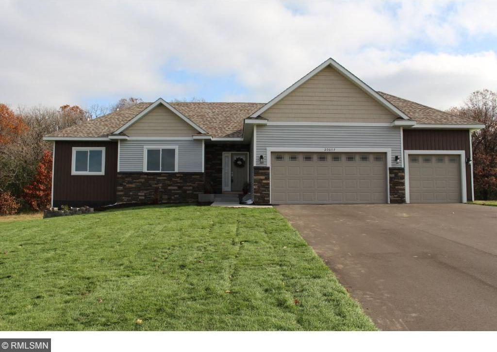 20357 Ivywood Street, Oak Grove, MN 55011