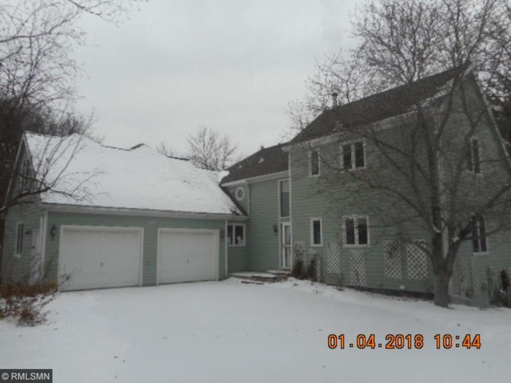 10256 Scarborough Circle, Bloomington, MN 55437