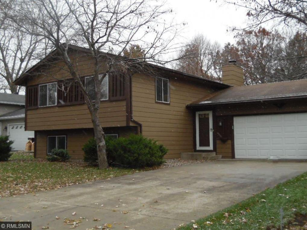 5901 NE Cedarwood Street, Prior Lake, MN 55372