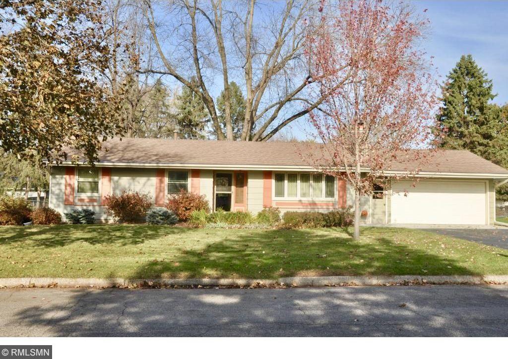 3206 Canterbury Drive, Bloomington, MN 55431