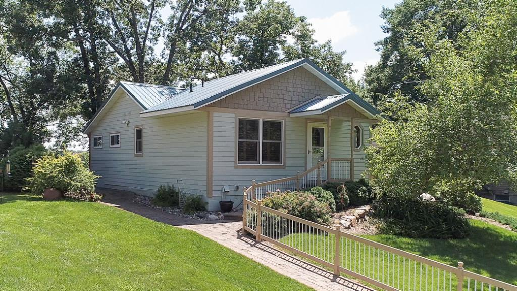 6126 NW Porter Avenue, South Haven, MN 55382