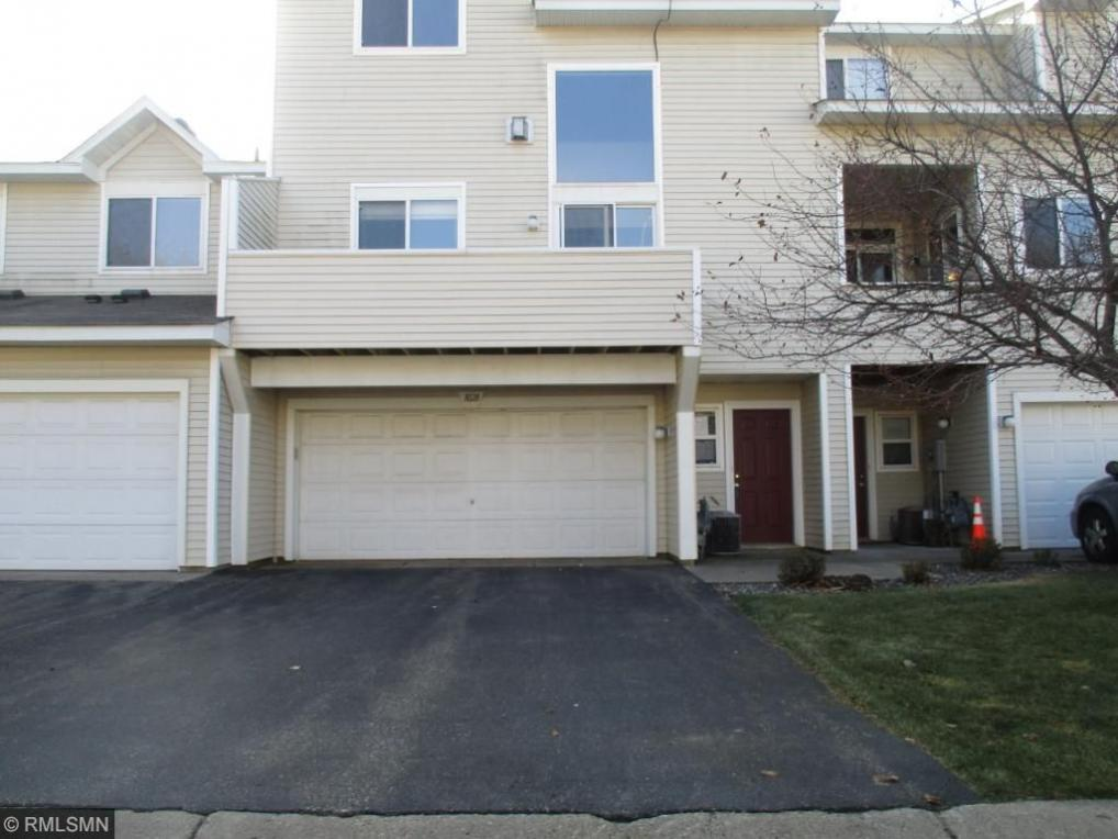 1028 NW 109th Lane, Coon Rapids, MN 55433