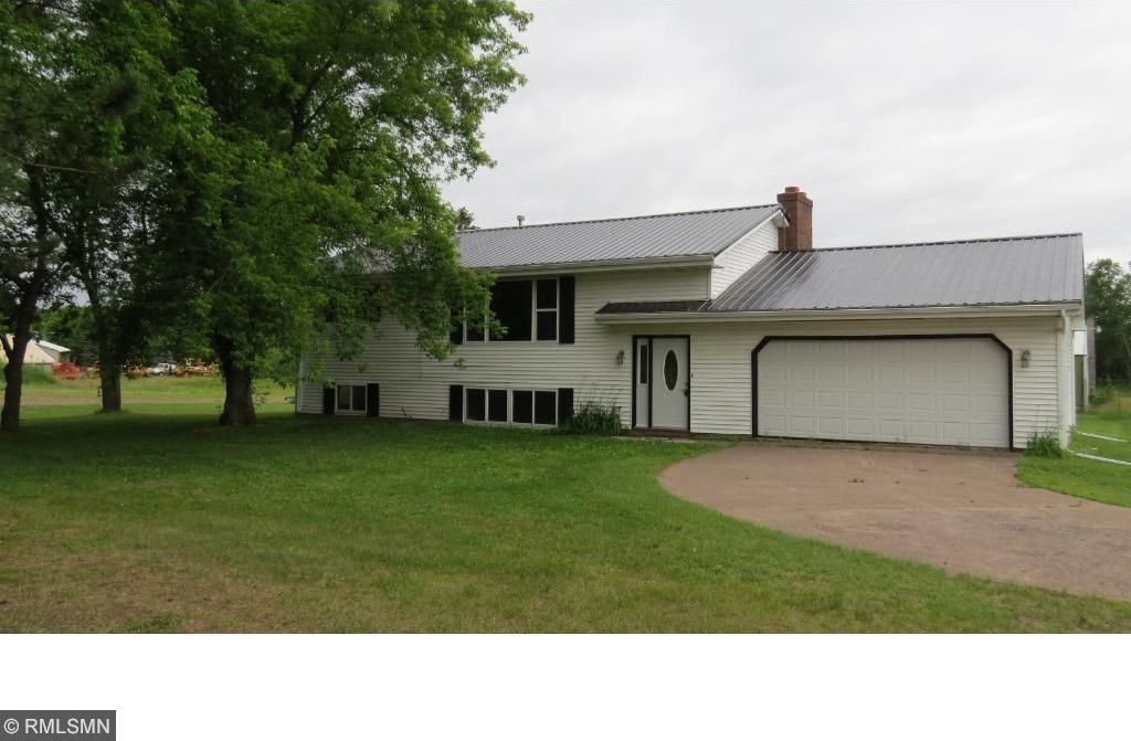 8093 County Highway 61, Willow River, MN 55795