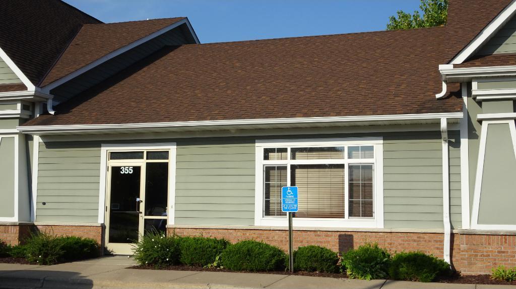 355 Commerce Court, Vadnais Heights, MN 55127