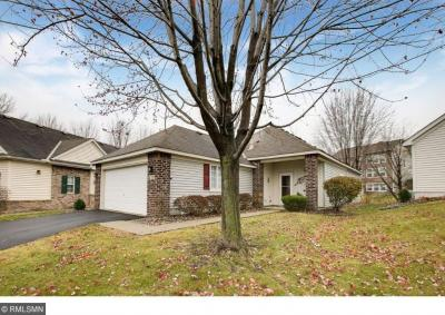 Photo of 178 E Lakeview Road, Chanhassen, MN 55317
