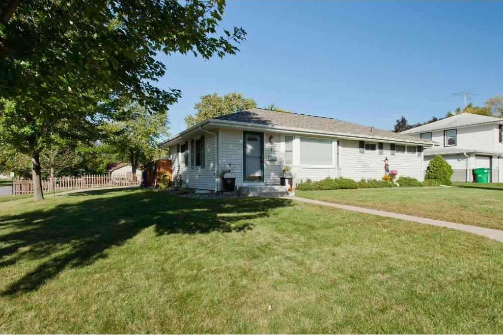 172 95th Street Circle, Bloomington, MN 55420