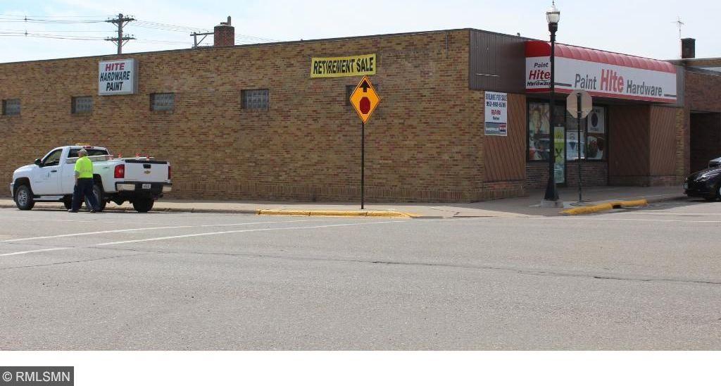 740 E 11th Street, Glencoe, MN 55336
