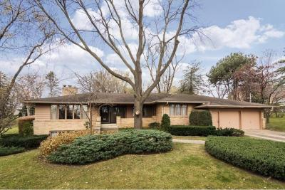 Photo of 1332 Valley View Road, Chaska, MN 55318