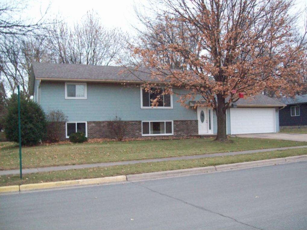 413 SW Stoney Point Road, Hutchinson, MN 55350