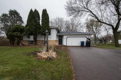 Photo of 6740 W Gerdine Path, Lakeville, MN 55068