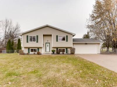 Photo of 631 NW Schilling Circle, Forest Lake, MN 55025
