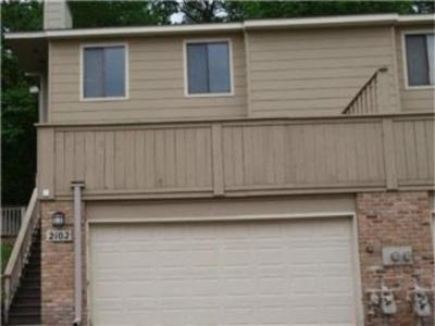 Photo of 2102 Kings Valley Road, Golden Valley, MN 55427