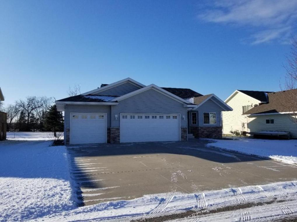 1002 Waters Edge Circle, Avon, MN 56310