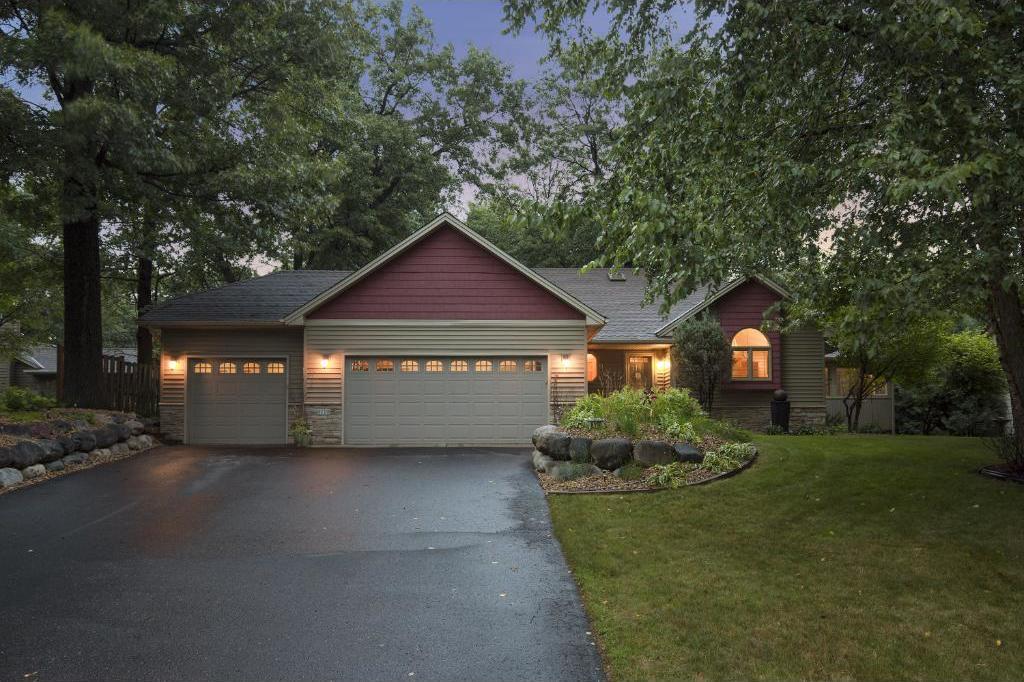 6110 Oakwood Lane, Lino Lakes, MN 55014