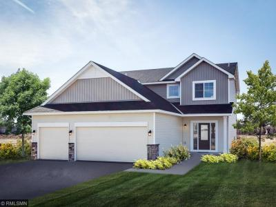 Photo of 17985 Equinox Avenue, Lakeville, MN 55044