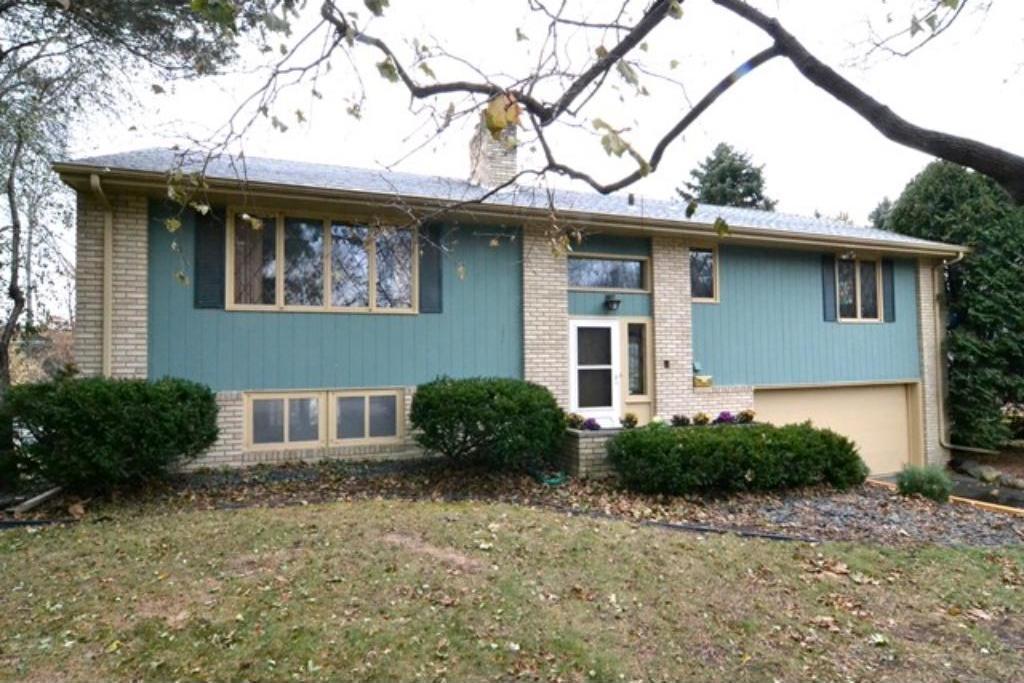 4517 Garrison Lane, Edina, MN 55424