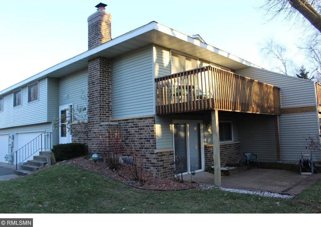 12302 Oak Leaf Court, Burnsville, MN 55337