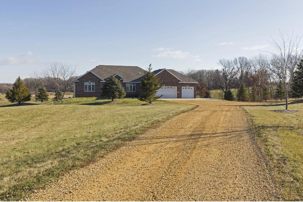 27115 Clover Path, New Market Twp, MN 55020