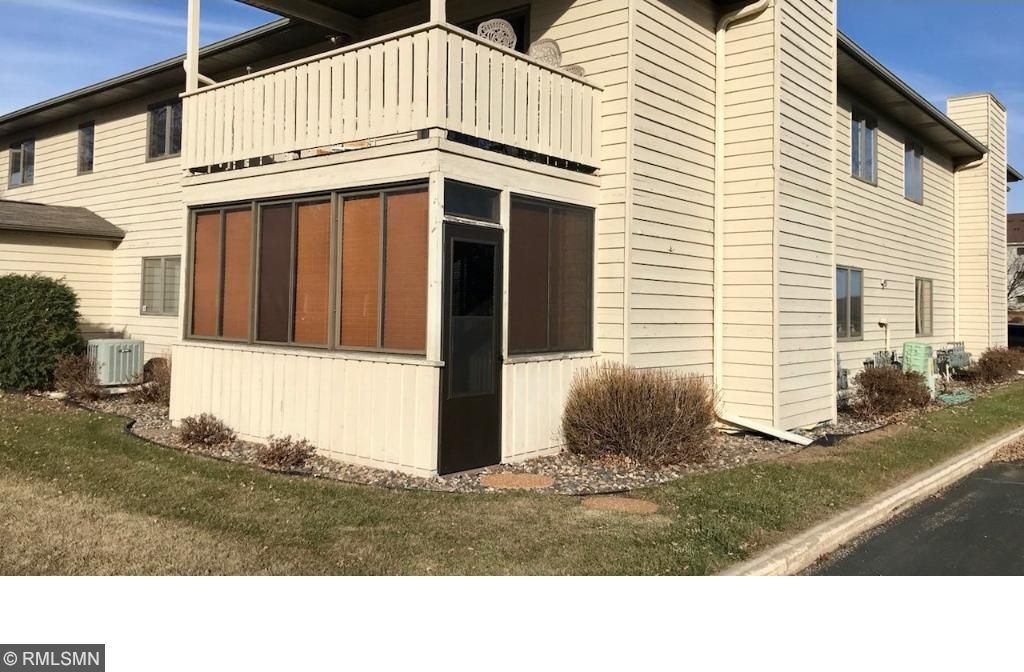 3000 Riverwood Drive #138, Hastings, MN 55033