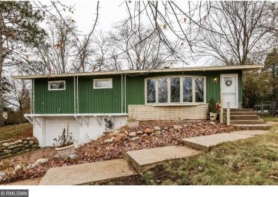 Photo of 2119 Duluth Place, Maplewood, MN 55109