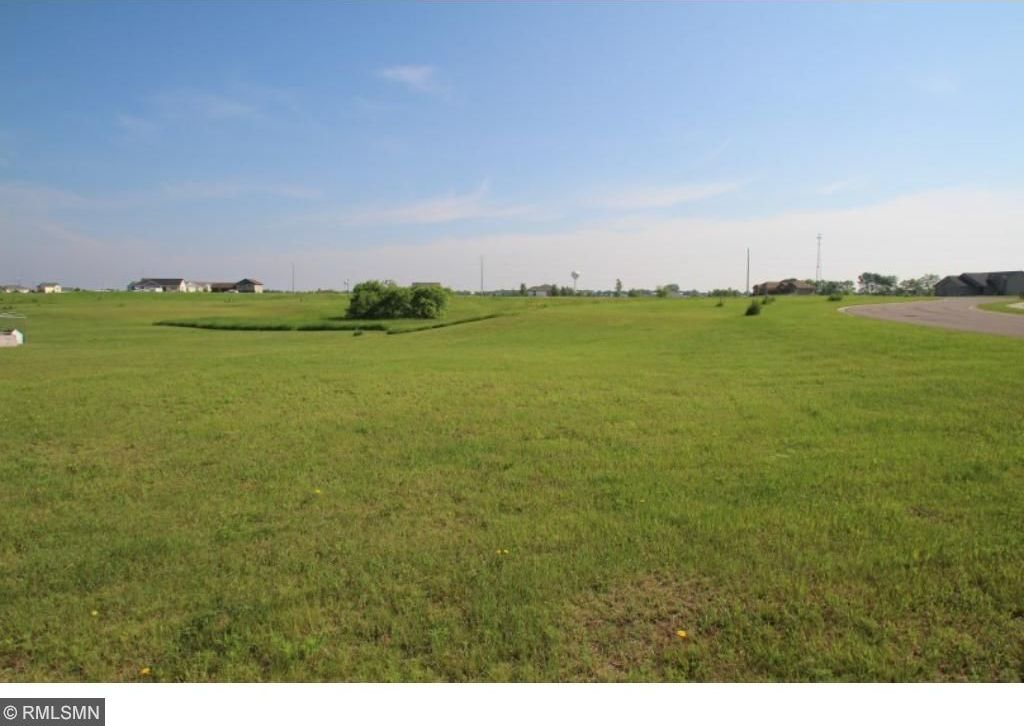 80X 10th Street, Clearwater, MN 55320