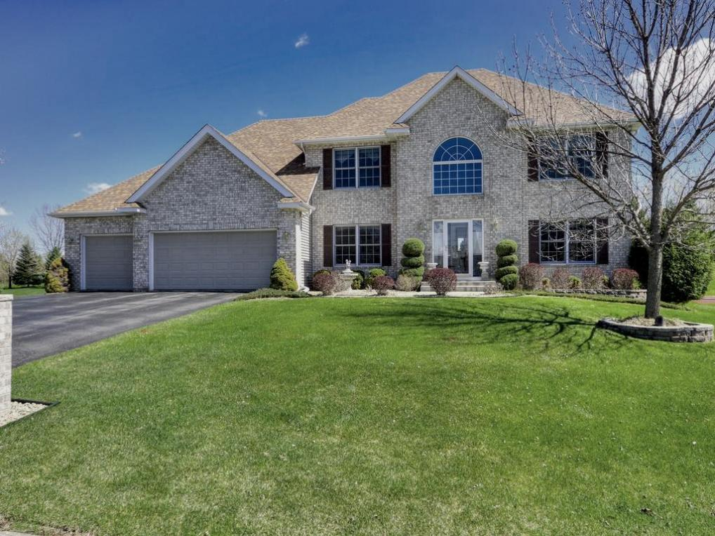 16130 Hominy Court, Lakeville, MN 55044