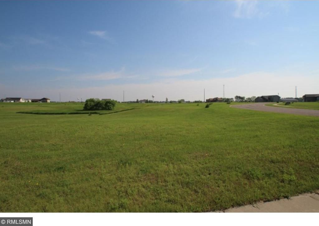 8X8 10th Street, Clearwater, MN 55320