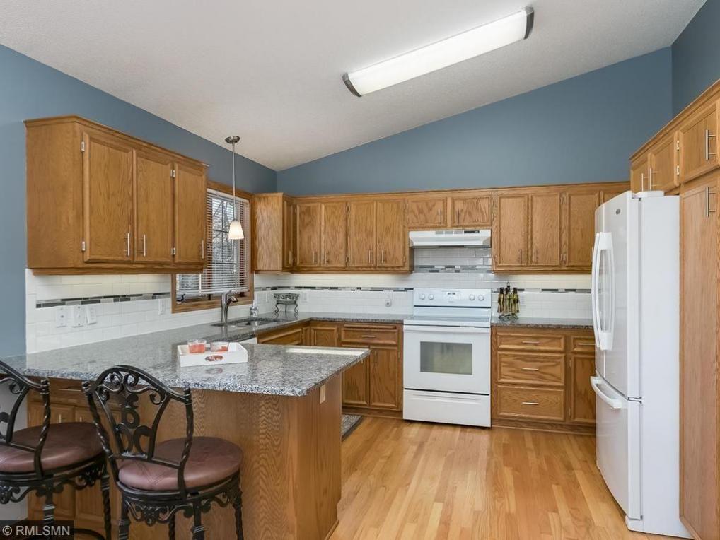 13335 Huntington Circle, Apple Valley, MN 55124