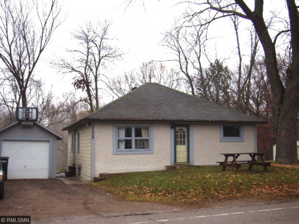 9508 N Shore Trail, Forest Lake, MN 55025