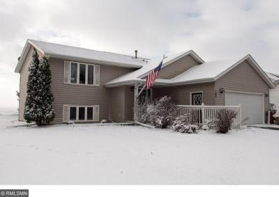 Photo of 185 W 37th Street, Hastings, MN 55033