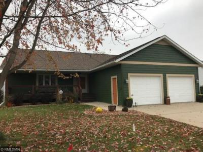 Photo of 1522 Hill View Court, Red Wing, MN 55066