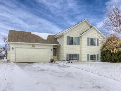 Photo of 1004 Orchard Street, Belle Plaine, MN 56011