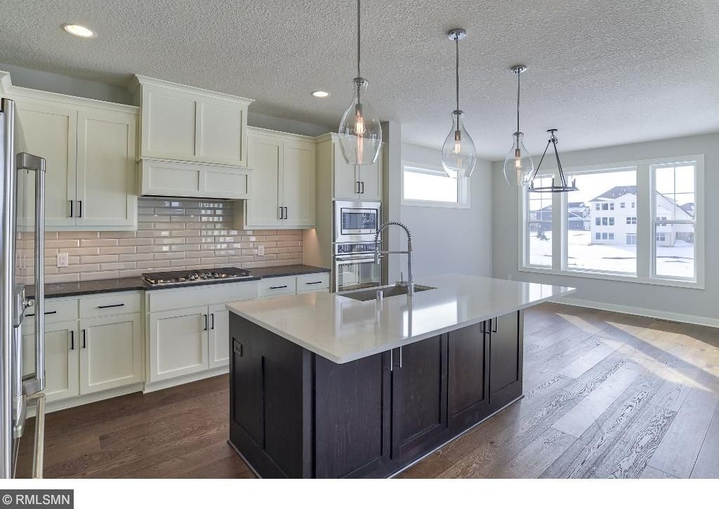 4140 N Lavender Avenue, Lake Elmo, MN 55042