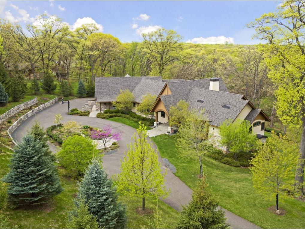 6 Red Forest Lane, North Oaks, MN 55127