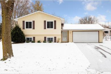 9803 N 107th Place, Maple Grove, MN 55369